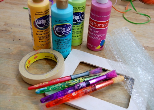 Materials for bubble wrap photo frames