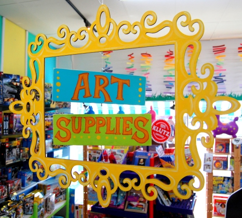 New art supplies sign at Pufferbellies